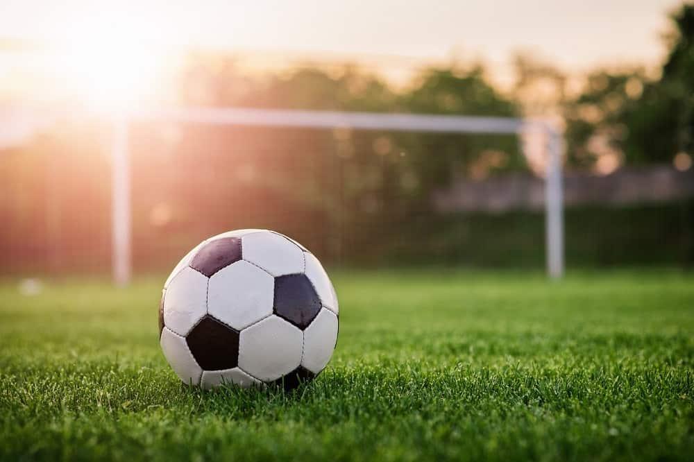 W środę w ramach eliminacji do Mistrzostw Świata piłkarze Serbii podejmą zawodników z Irlandii. Początek spotkania zaplanowano na godzinę 20:45. Transmisję meczu przeprowadzi Polsat Sport Premium 3. Zapraszamy na analizę!